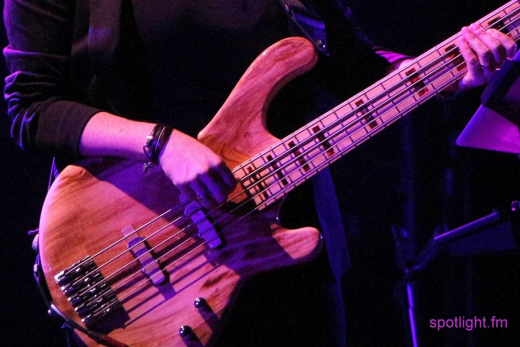 Phaedra Kwant slapping the bass